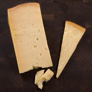 Two Sisters Isabella Aged Gouda